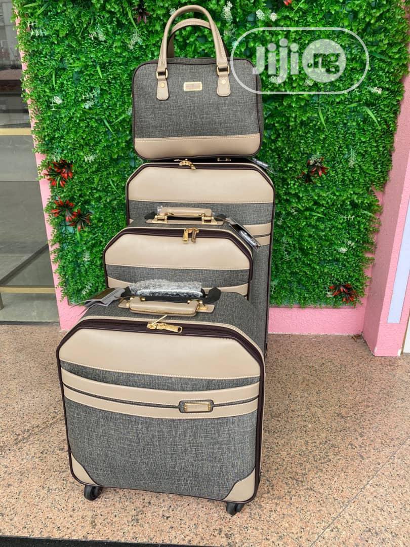 Archive: Travel Luggage Set - Set Of 4