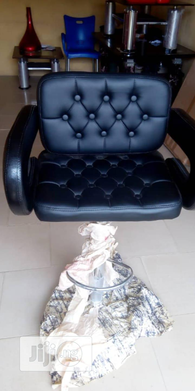 Saloo/Stylist, Bar Stool, Makeup Chair   Furniture for sale in Oshodi, Lagos State, Nigeria