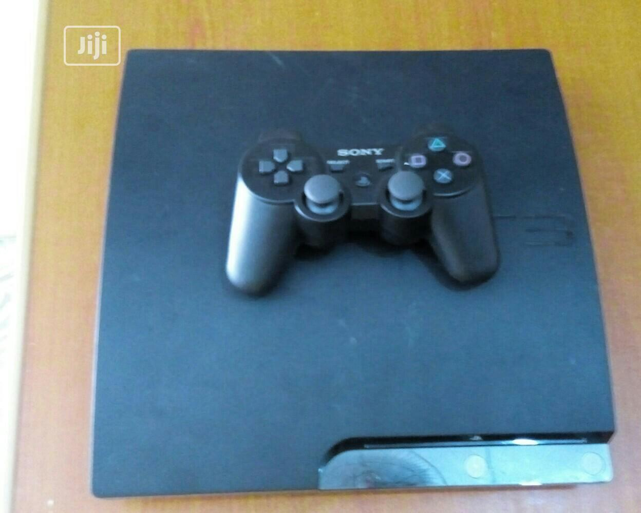 Sony Playstation 3 Console (Slim)With One Pad And Games Insi