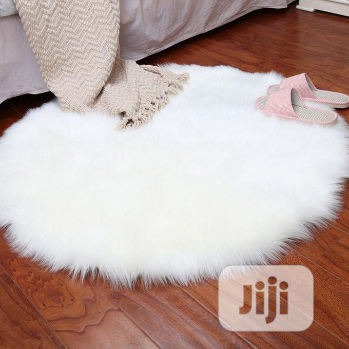Fluffy White Rug   Home Accessories for sale in Alimosho, Lagos State, Nigeria