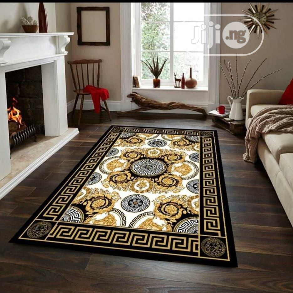 Exquisite Center Rug