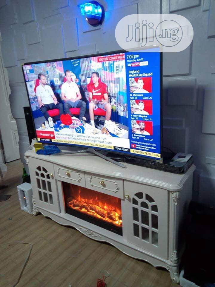 Fireplate Tv Stand