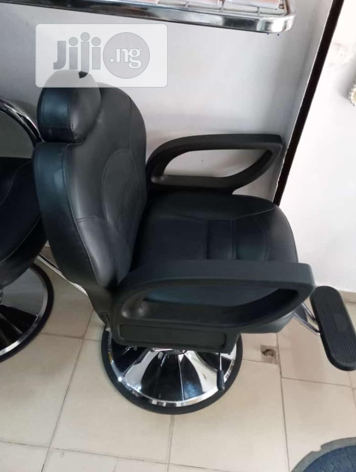 Barbing Chair