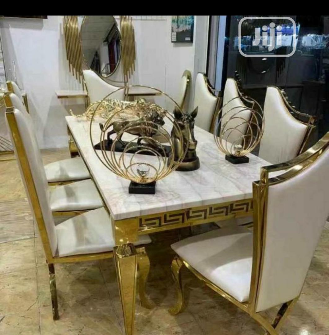 Good Quality Executive Dining Table Gold Color 6 Seaters