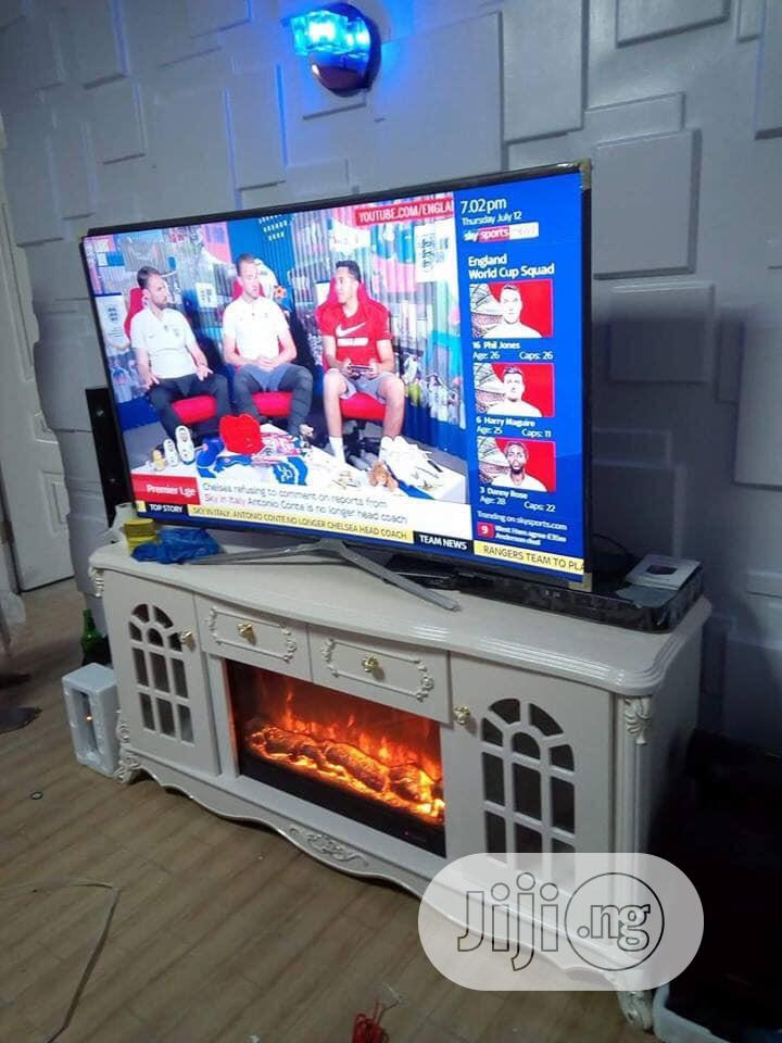 Archive: Fire Plate Tv Stand With Remote Control