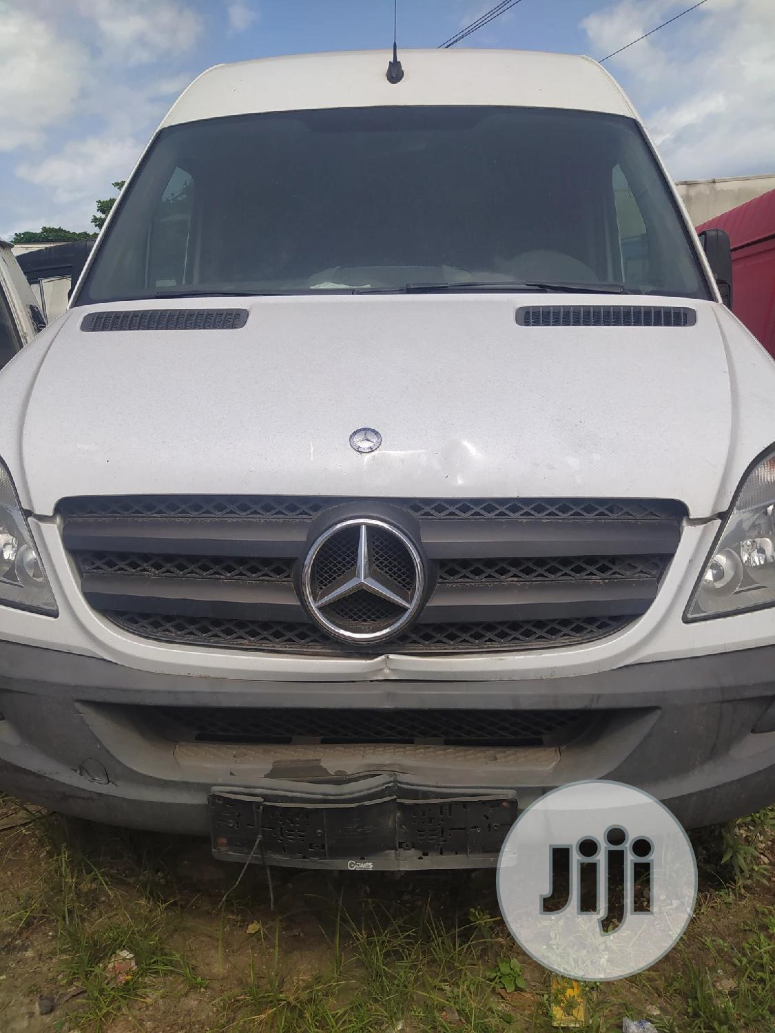 Tokunbo Mercedes Sprinter Bus With Diesel Engine And Container Body.