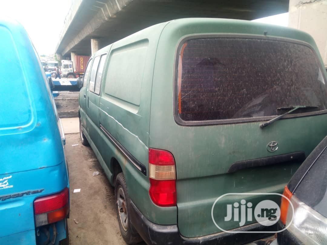 Toyota Hiace Bus 2000 Diesel | Buses & Microbuses for sale in Apapa, Lagos State, Nigeria