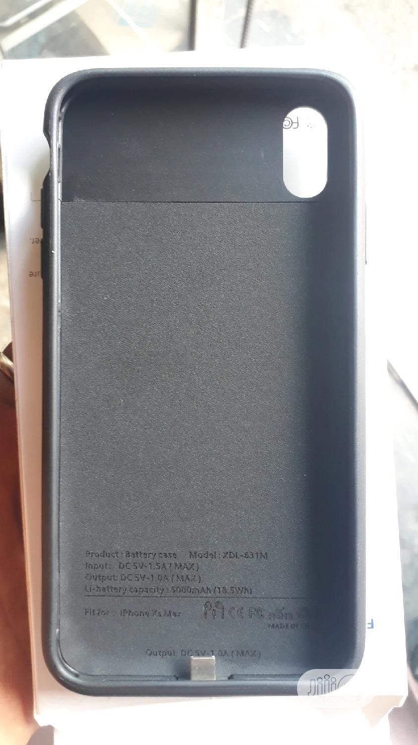 iPhone Xs Power Case Battery