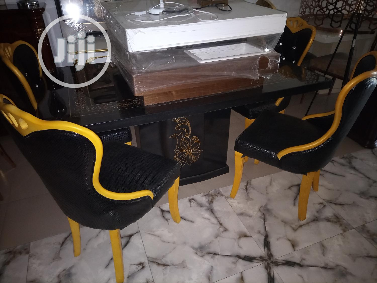 Classical Dining Set