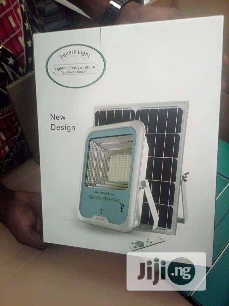 100w Solar Flood Light