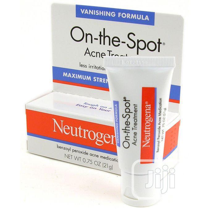 Neutrogena on the Spot Benzoyl Peroxide Acne Treatment -25g