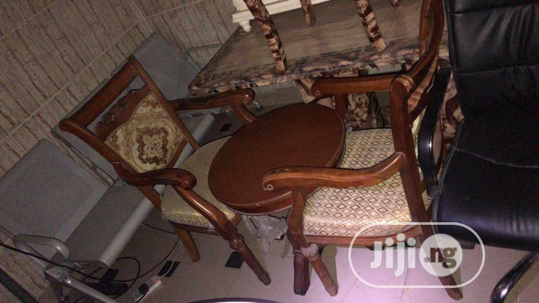 Two Seater With Table