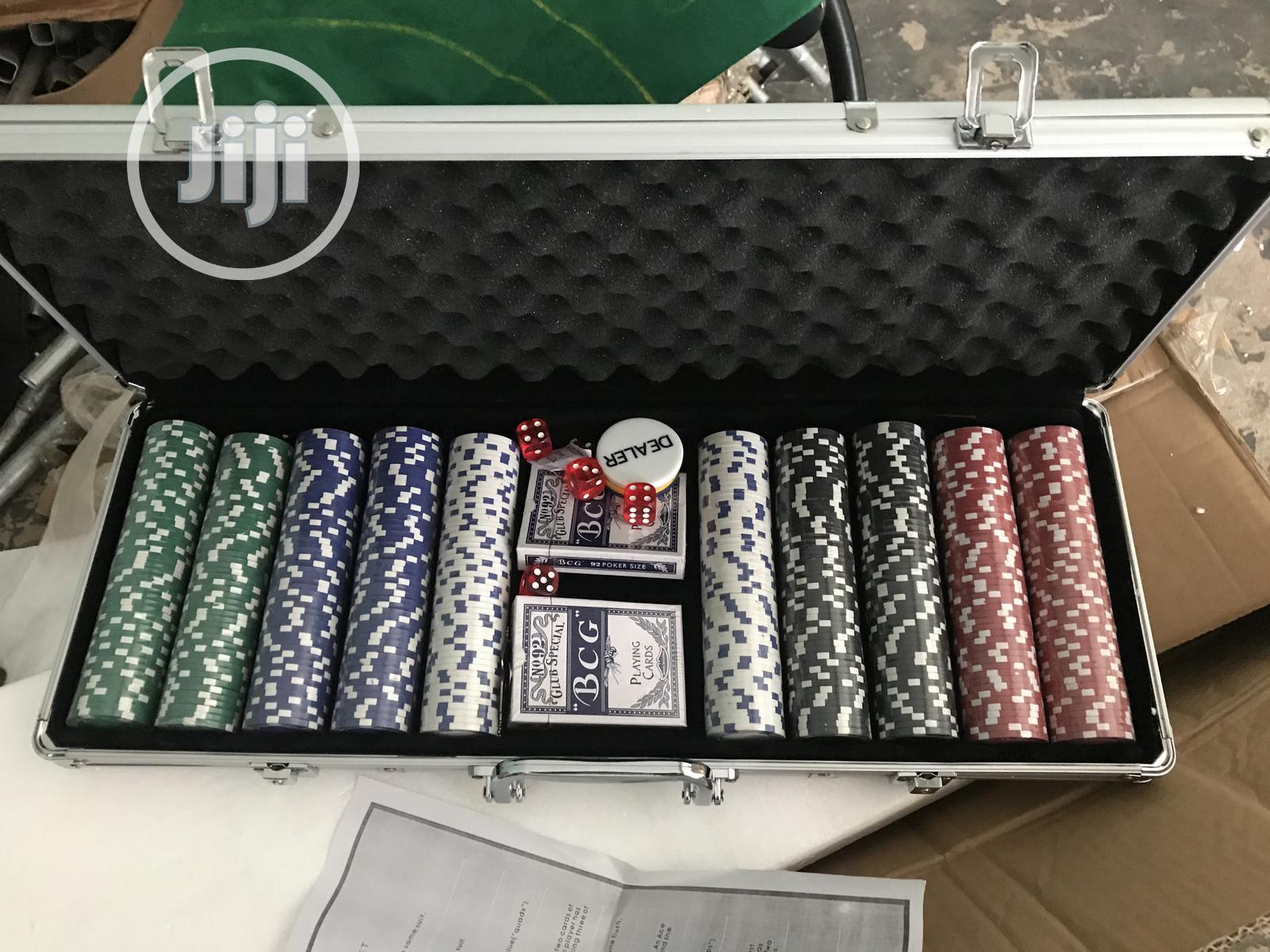 Costway Professional Poker Set W/ Silver Aluminum Case