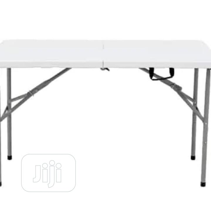 Archive: Foldable Table