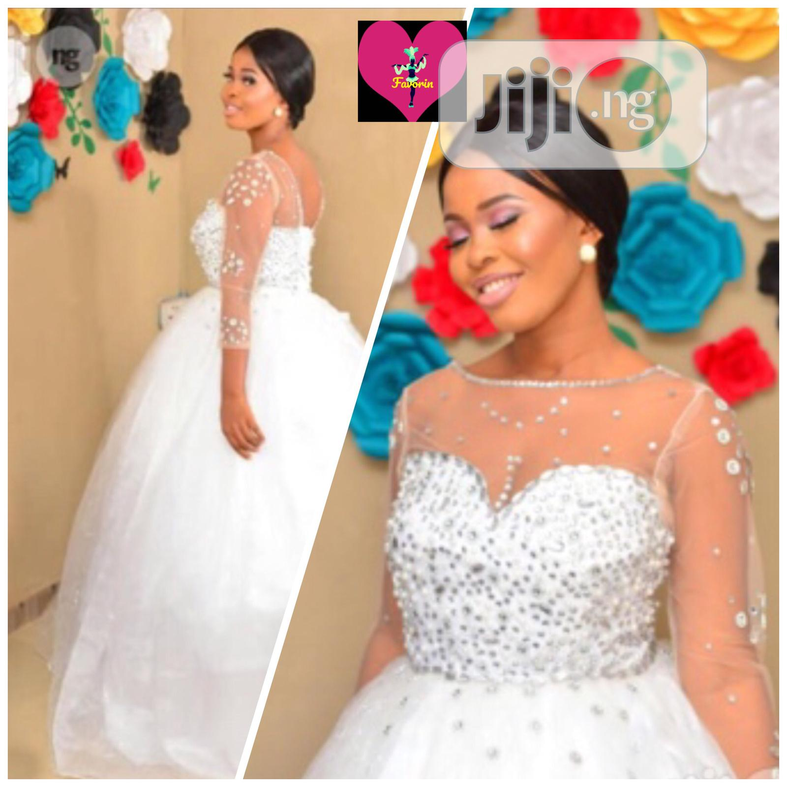 Promo Ball Stone Wedding Gown for Sale
