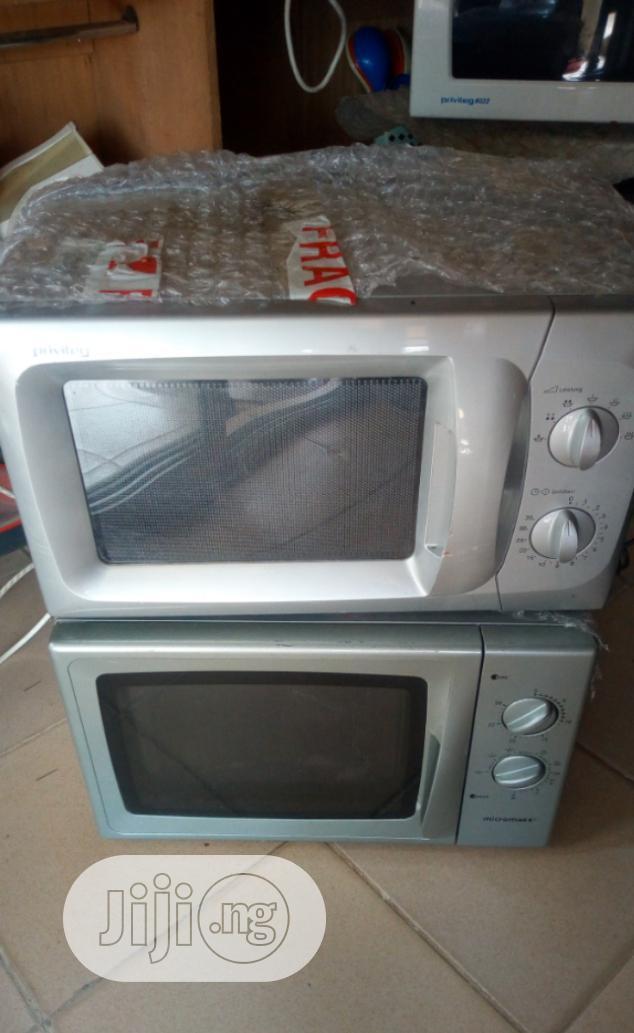 Microwaves Machine
