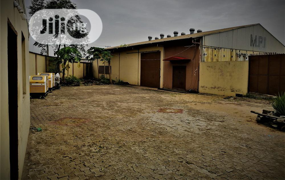 Warehouse With Office 350sqm On 1,200sqm Land