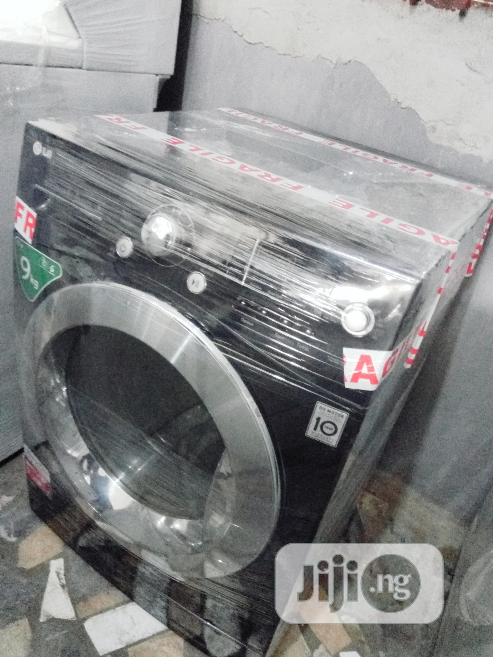 Inverter Drive LG 9kg Washing Machine Washer Dryer