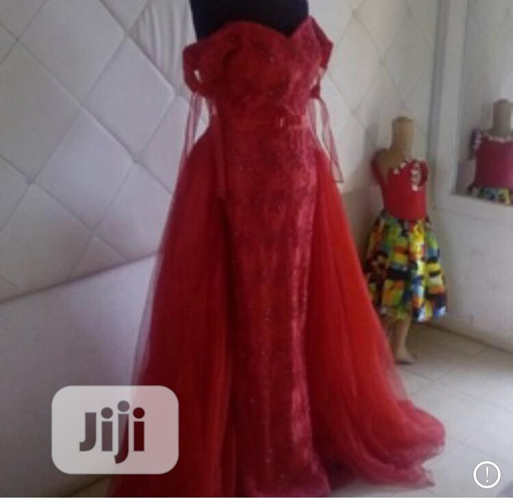 Archive: Traditional Marriage Gowns