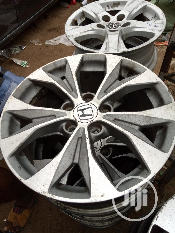 Archive: 17 Inches CR-V Honda