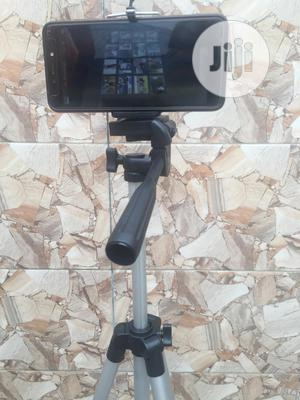 Light Weight Tripod With Remote Control | Accessories & Supplies for Electronics for sale in Oyo State, Ibadan