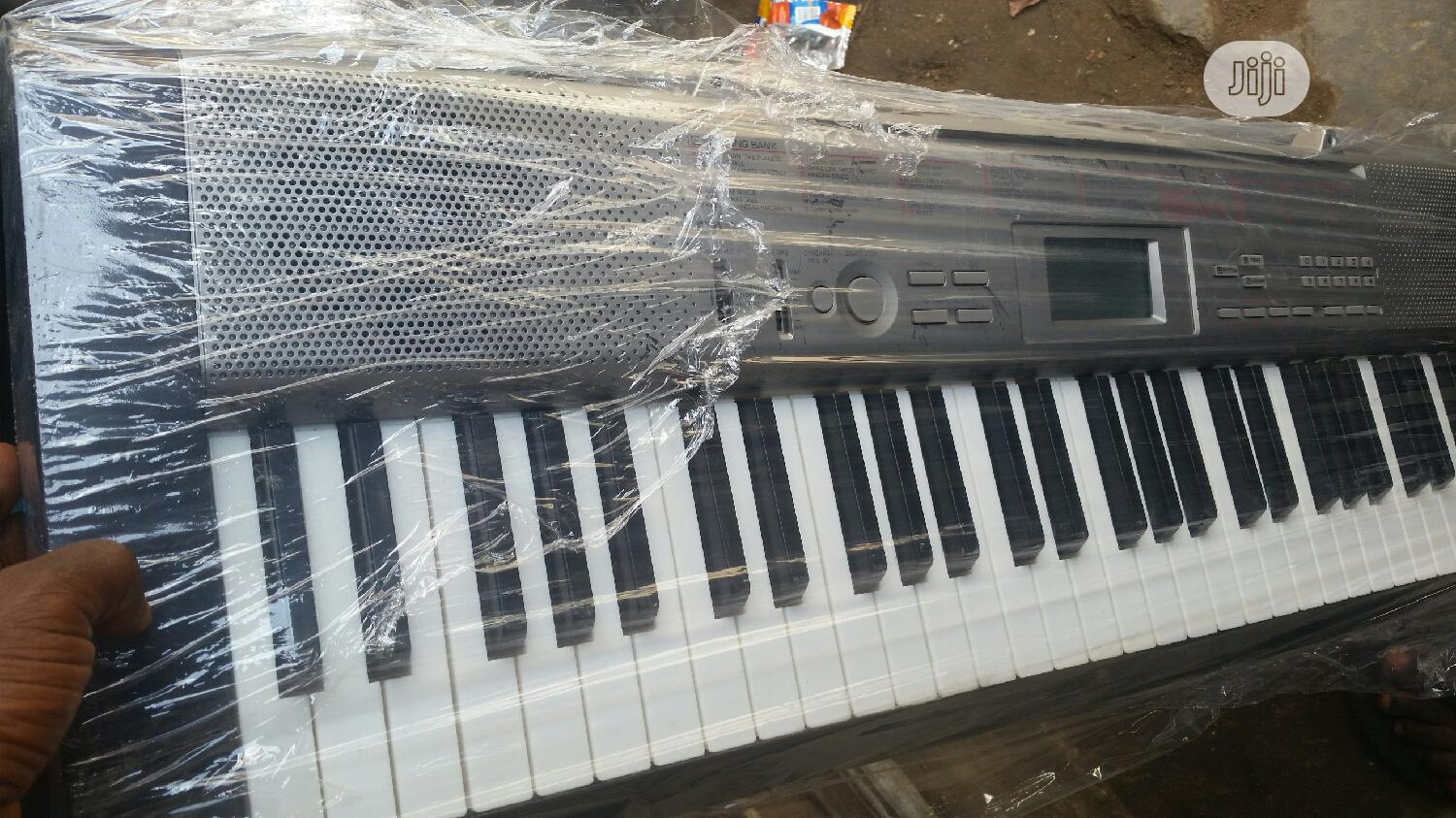 London Use Casio LK 120 | Musical Instruments & Gear for sale in Alimosho, Lagos State, Nigeria