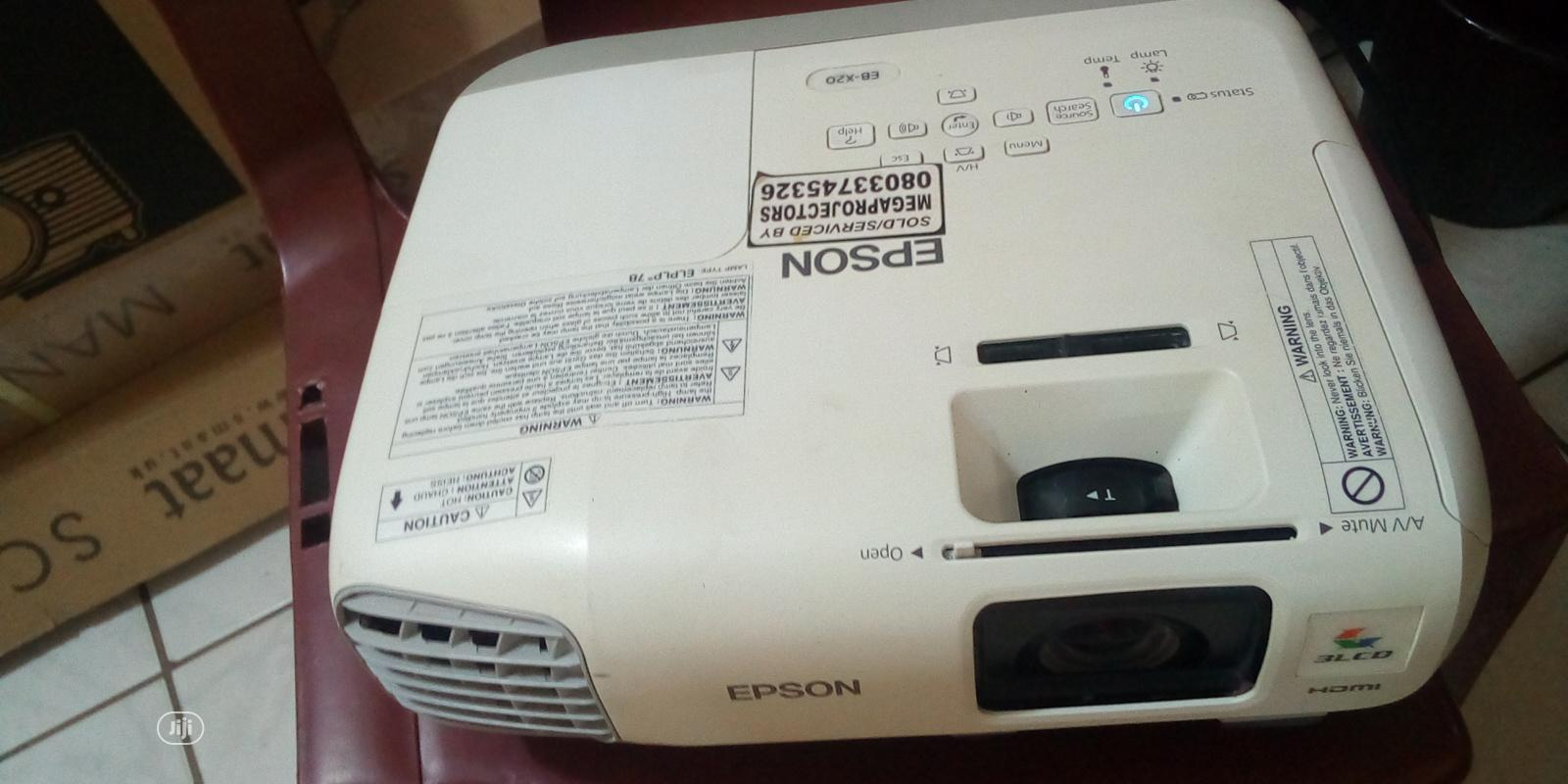 Unique Epson Projector | TV & DVD Equipment for sale in Zuba, Abuja (FCT) State, Nigeria