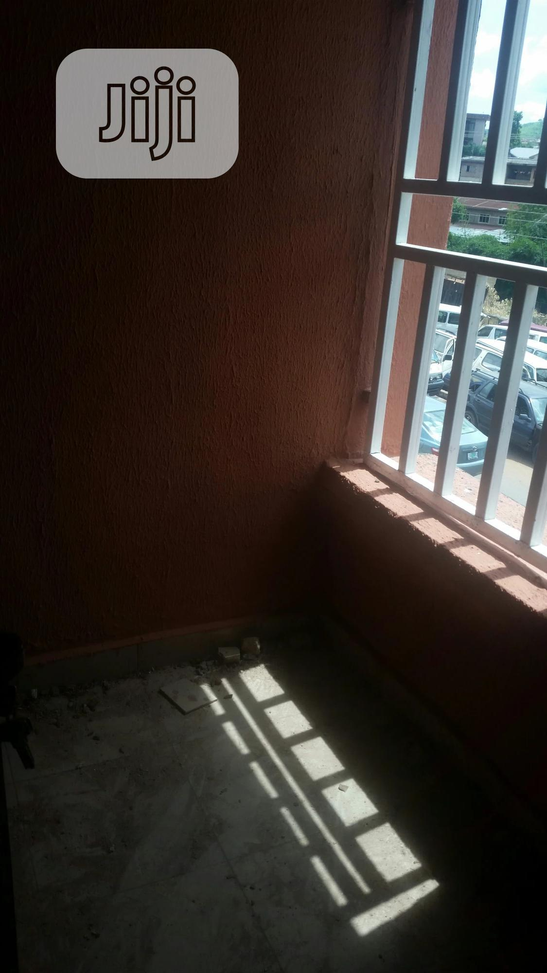 1 Bedroom Flat | Houses & Apartments For Rent for sale in Enugu / Enugu, Enugu State, Nigeria