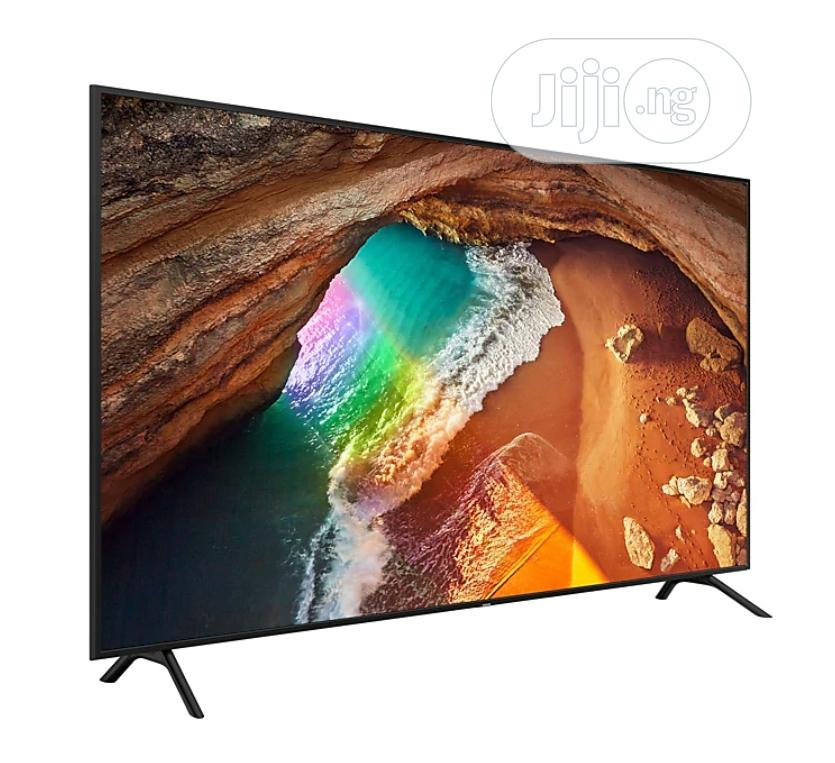 "82"" Q60R Flat Smart 4K QLED TV (2019) 