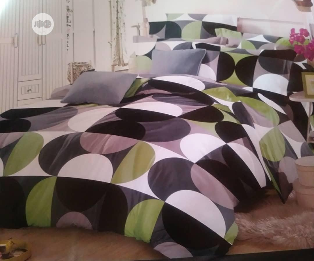 Bedspread And Duvet With Pillow Cases