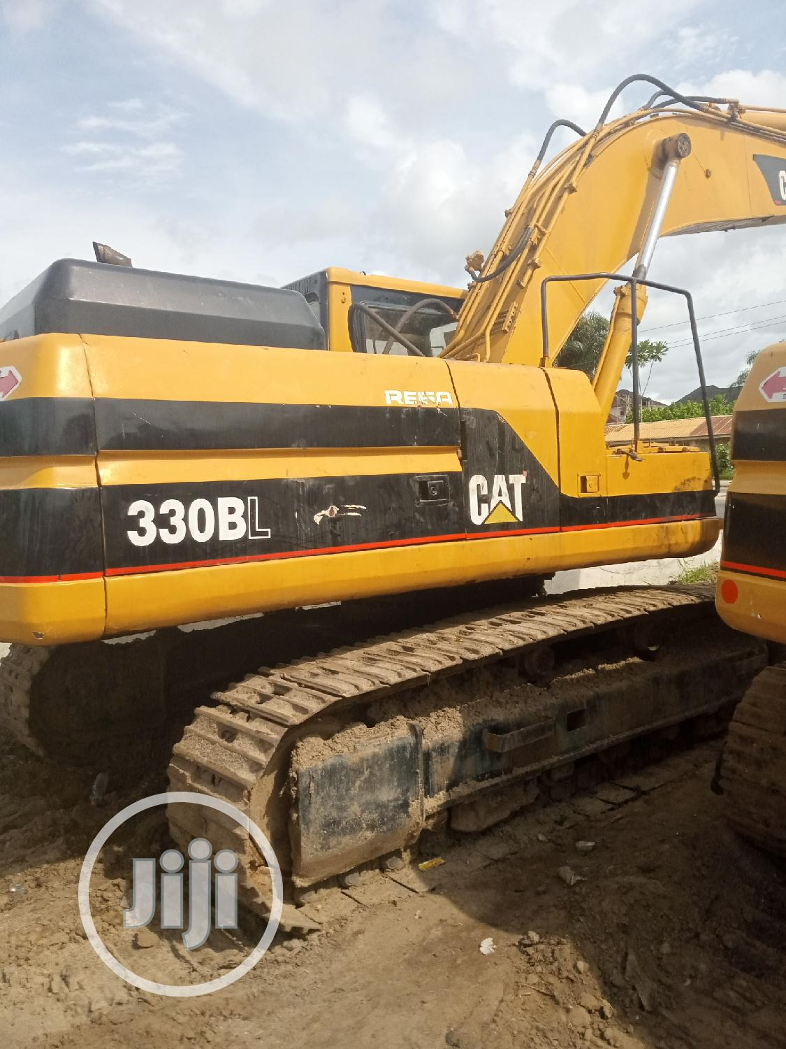 330BL Excavator Urgent Sale | Heavy Equipment for sale in Epe, Lagos State, Nigeria
