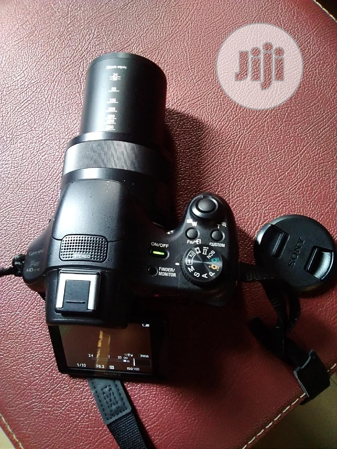 Sony Cyber Shot Mega Video Camera With 24-1200mm Le | Photo & Video Cameras for sale in Alimosho, Lagos State, Nigeria