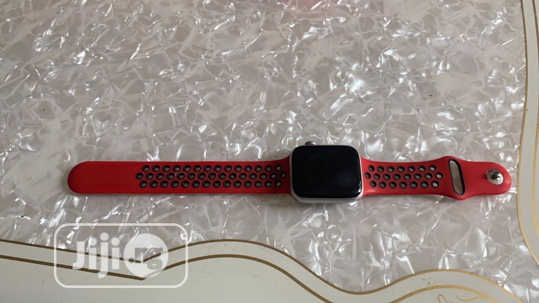 Apple Series 4 Watch   Watches for sale in Uvwie, Delta State, Nigeria