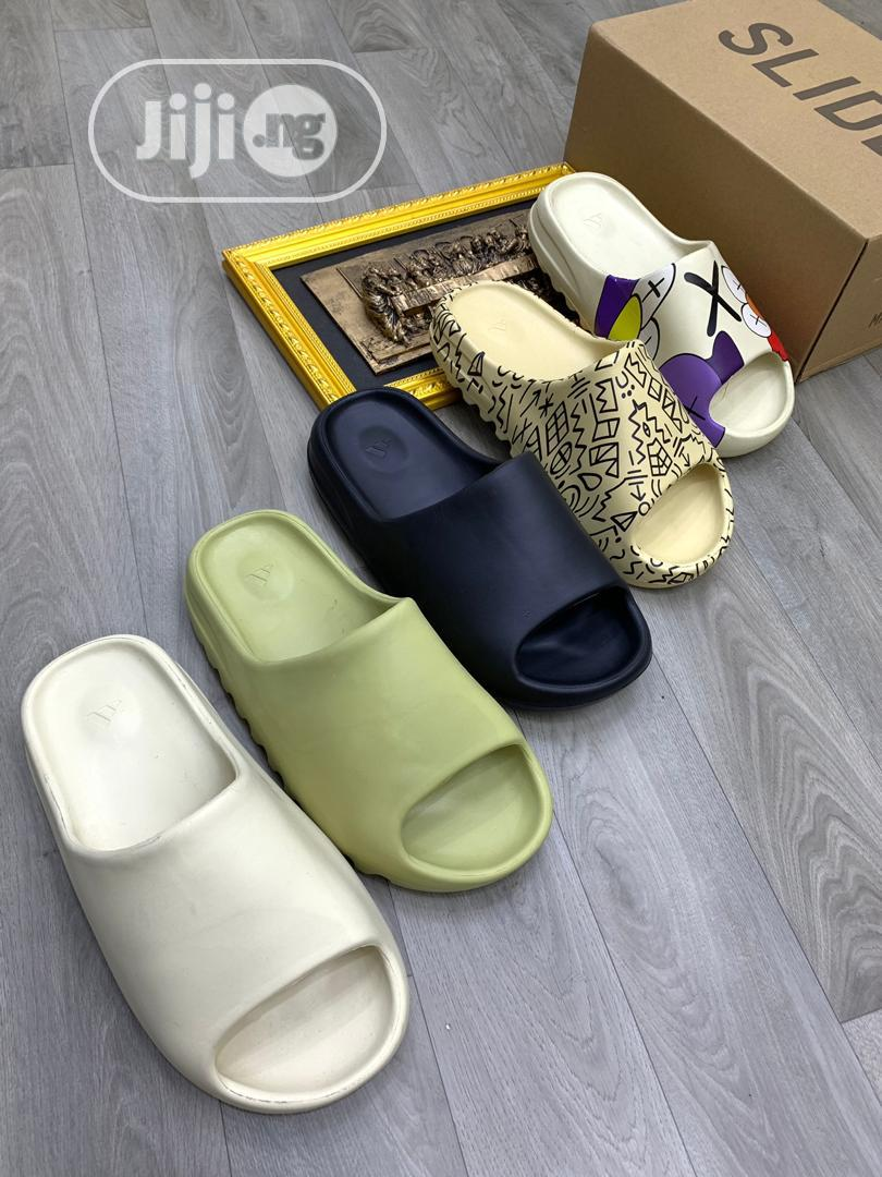 Yeezy White Slides | Shoes for sale in Ifako-Ijaiye, Lagos State, Nigeria