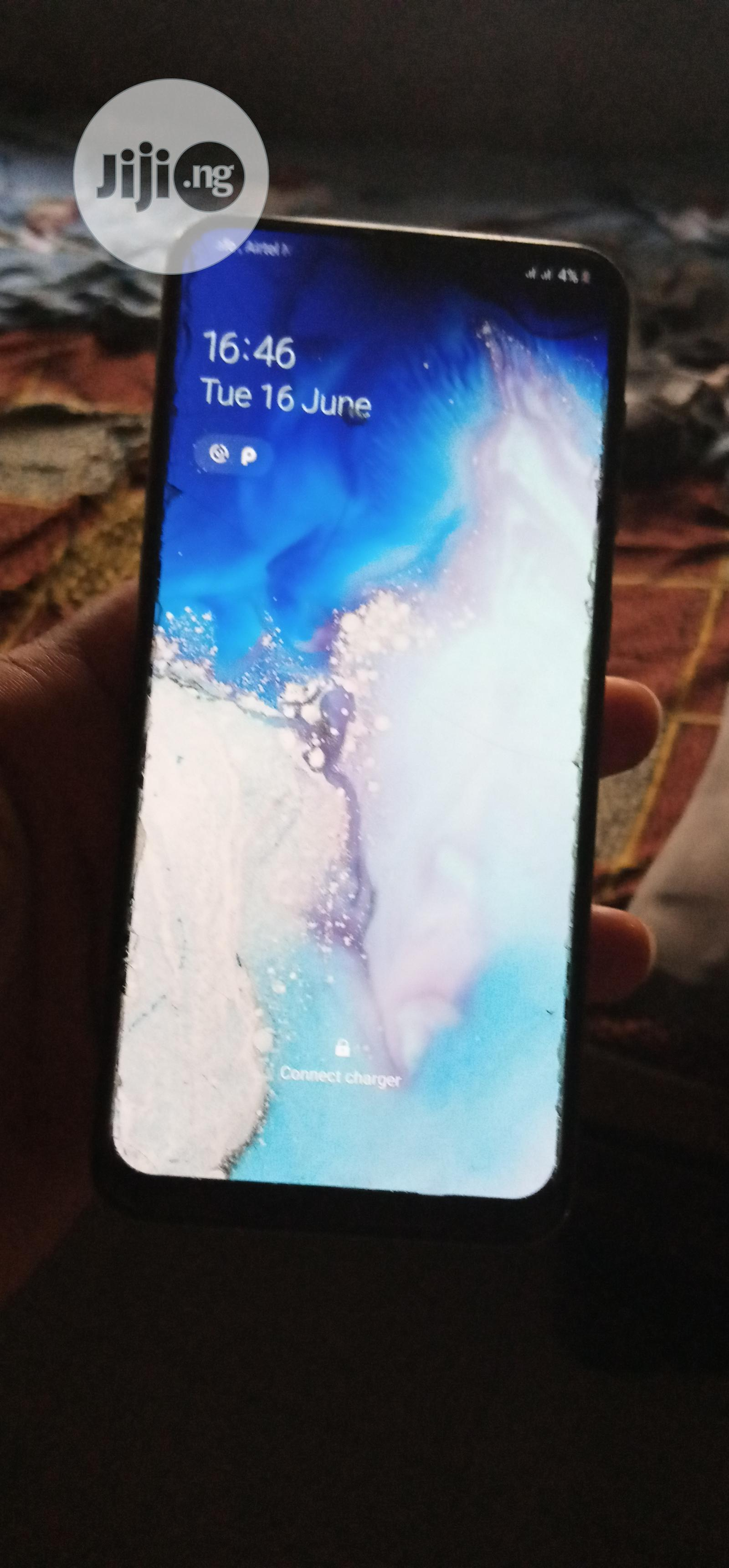 Archive: Samsung Galaxy A50 128 GB White