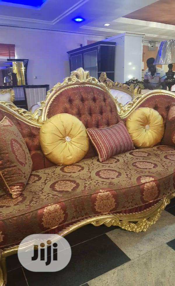 Royal Kings Couch