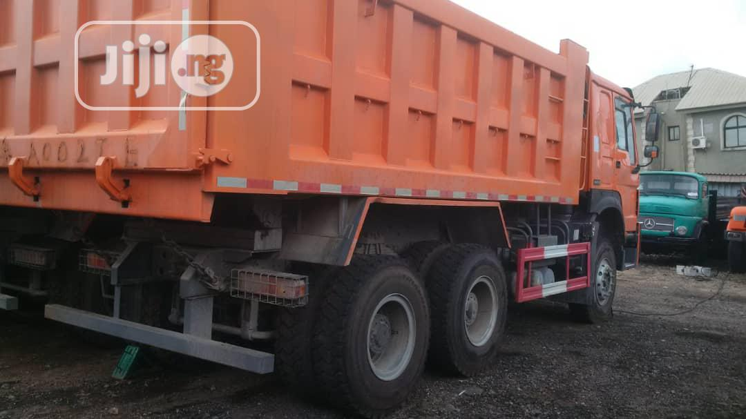 Brand New 371 HOWO Sinotruck Ten Tyres Tipper Truck 30tons   Trucks & Trailers for sale in Apapa, Lagos State, Nigeria
