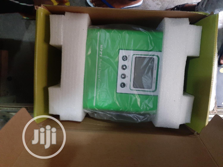 12V 24V 36V 48V 60A MPPT Solar Charge Controller