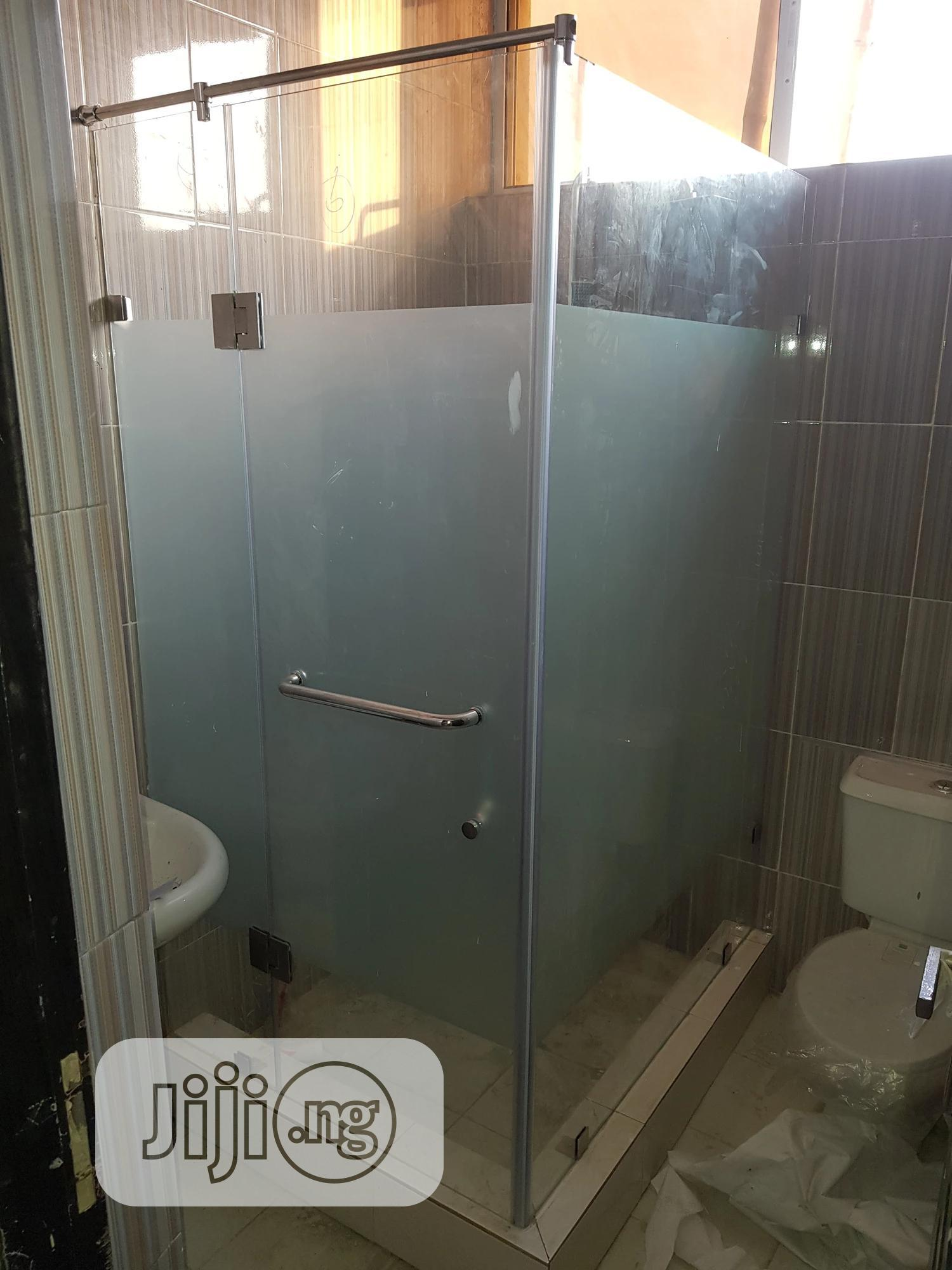 """Shower Cubicle Or Bathroom Glass 39"""" X 39"""" X 75"""" 100% Watertight 