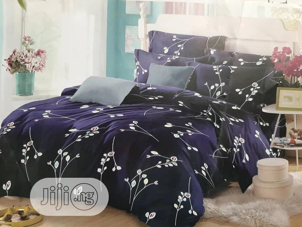 Quality Bedsheet or Bedspreads 4/6 and 2 Pillow Case