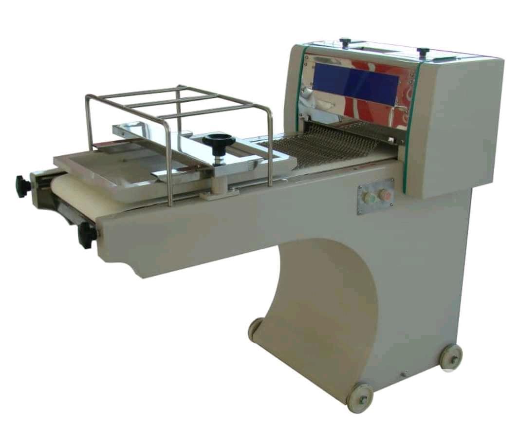 Archive: Automatic Dough Moulder