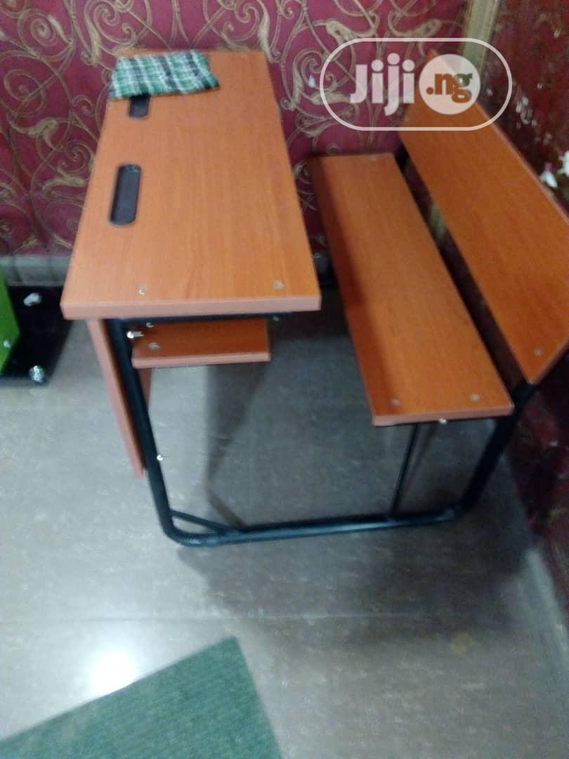 High Quality Student Desk/Bench