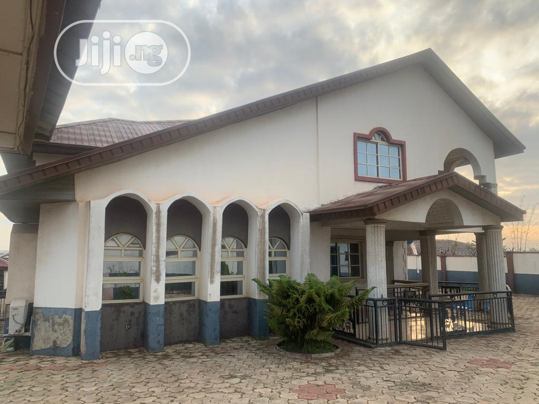 For Sale: 5 Bedroom Duplex at Bankole Area Akala Exp Ibadan