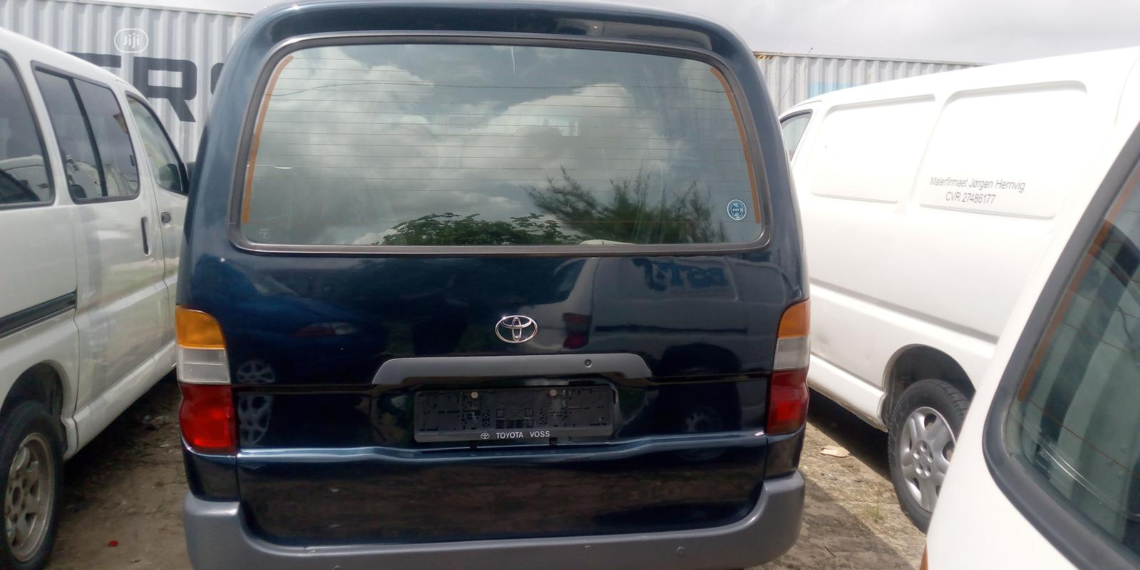 Toyota Hiace Bus 2005 Blue Tokunbo   Buses & Microbuses for sale in Amuwo-Odofin, Lagos State, Nigeria