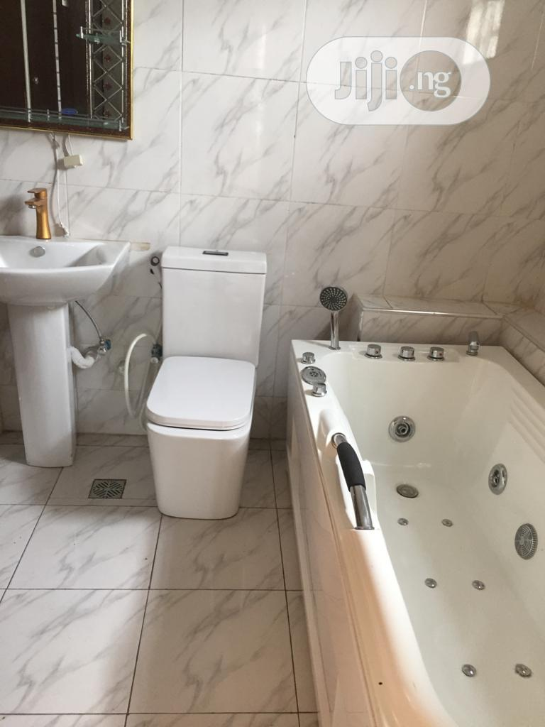 Cheapest 4 Bedroom With BQ Fully Detached Duplex In Thomas Estate Lekki | Houses & Apartments For Sale for sale in Lekki Phase 1, Lagos State, Nigeria