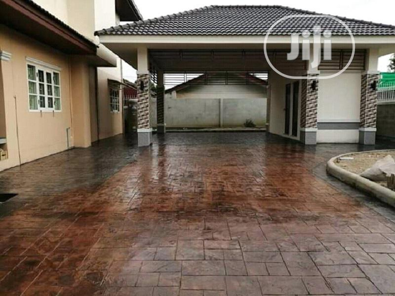 Concrete Stamped Floor Designs/ General House Construction