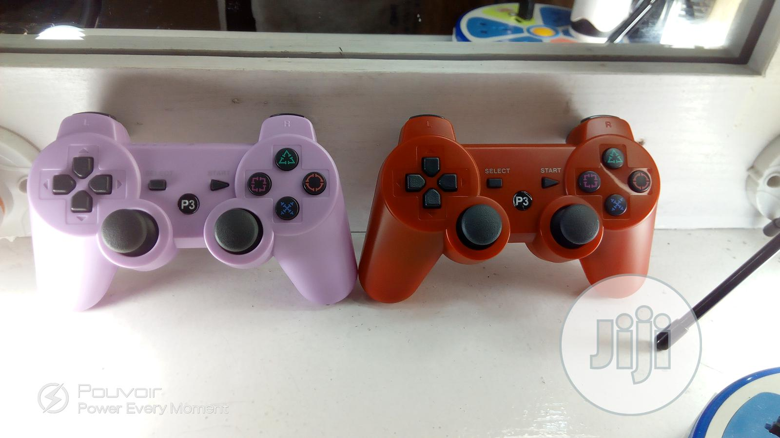 Archive: Playstation 3 Game Pad