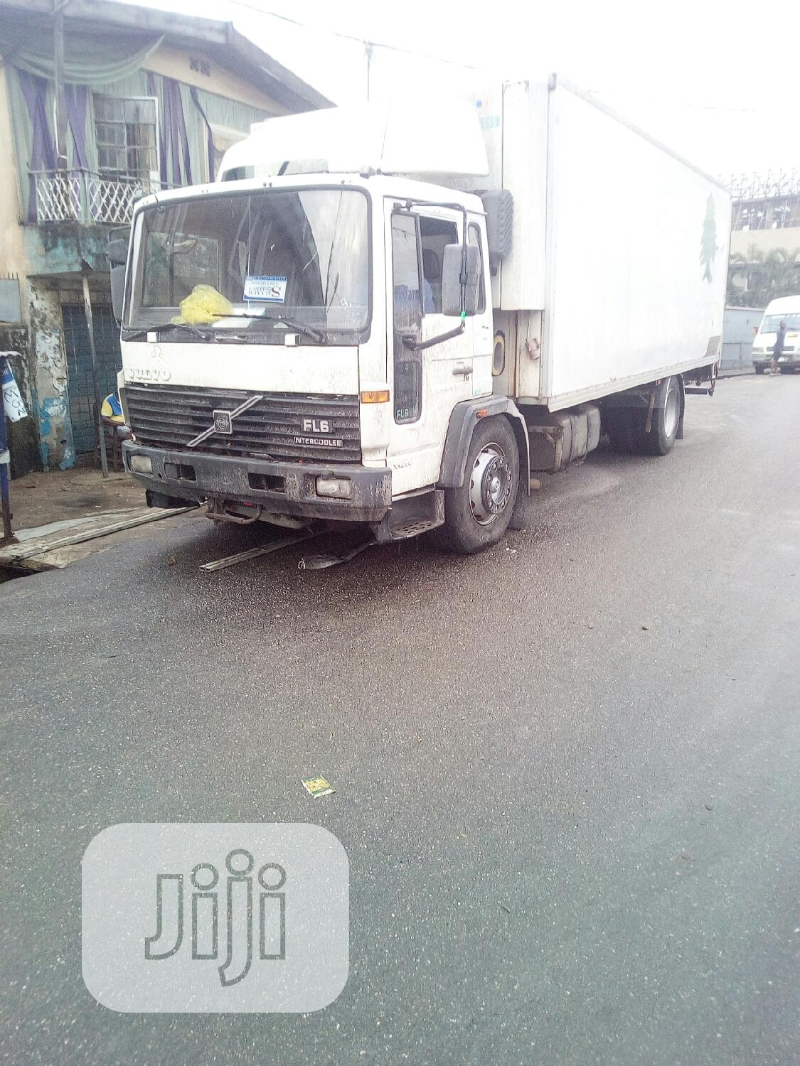 Volvo Container Body Is for Sale | Trucks & Trailers for sale in Mushin, Lagos State, Nigeria