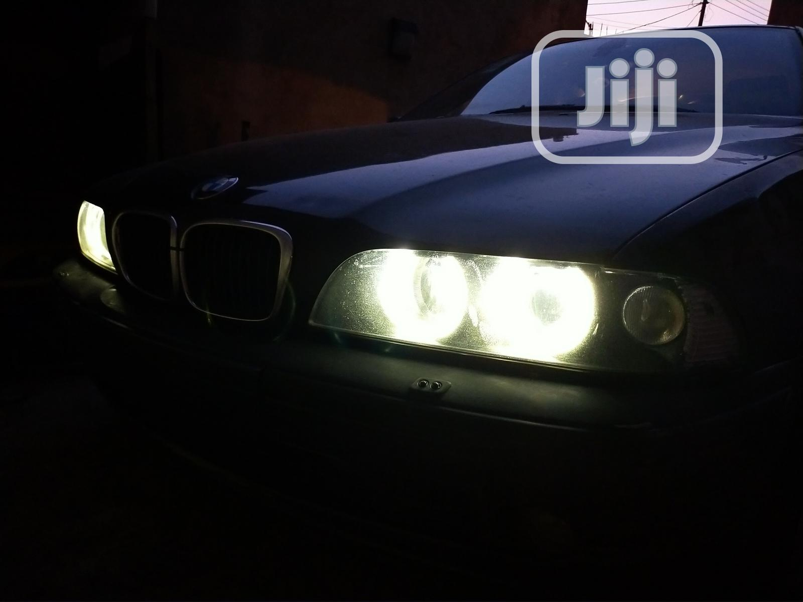Archive: BMW 530i 2001 Black