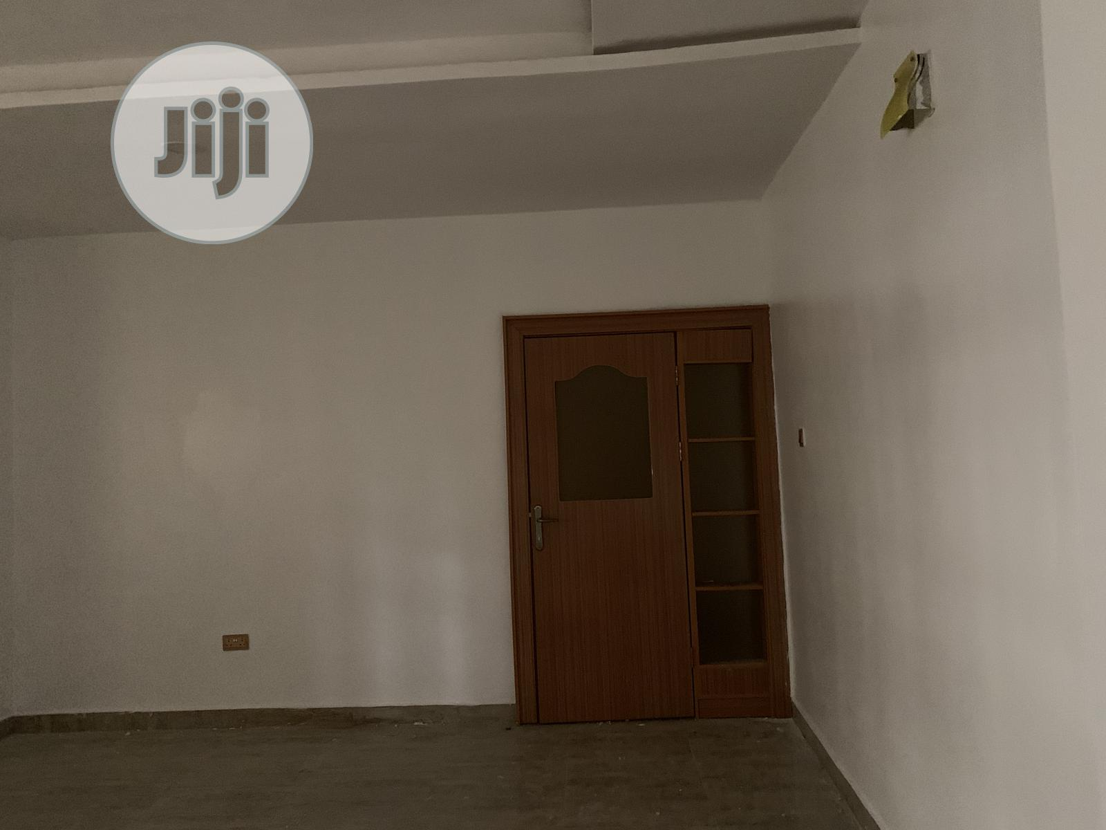 A Beautifully Finished 3edroom Flat By Hollywood Building, Mabushi | Houses & Apartments For Rent for sale in Mabushi, Abuja (FCT) State, Nigeria